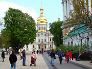 700-Museums-Lavra-spotlight.jpg